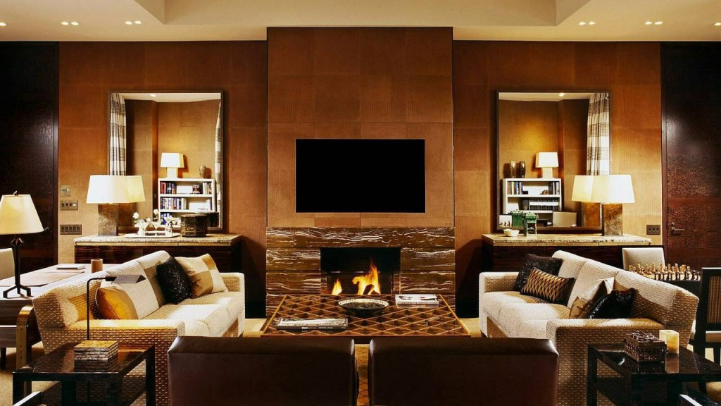 Top 5 luxury hotels in nyc the luxury post for Living room nyc