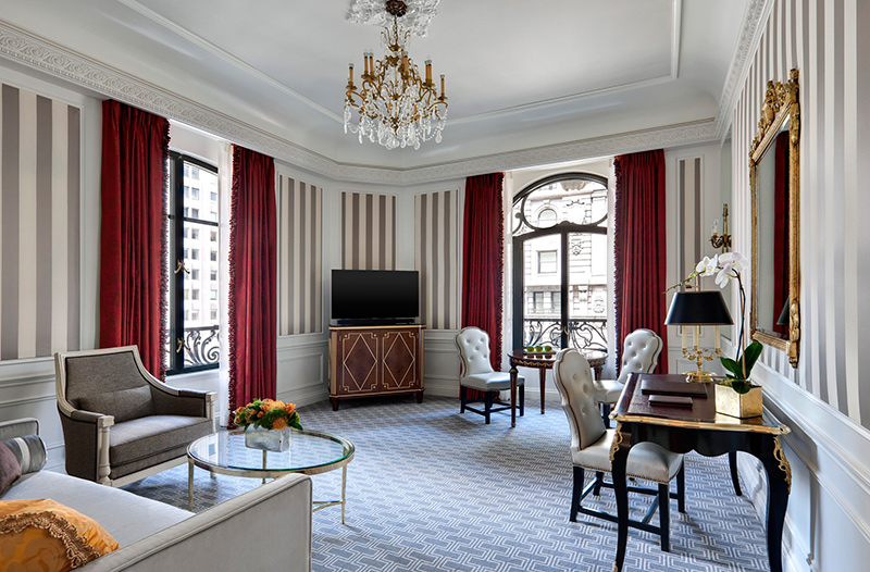 Top 5 luxury hotels in nyc the luxury post for Top luxury hotels nyc