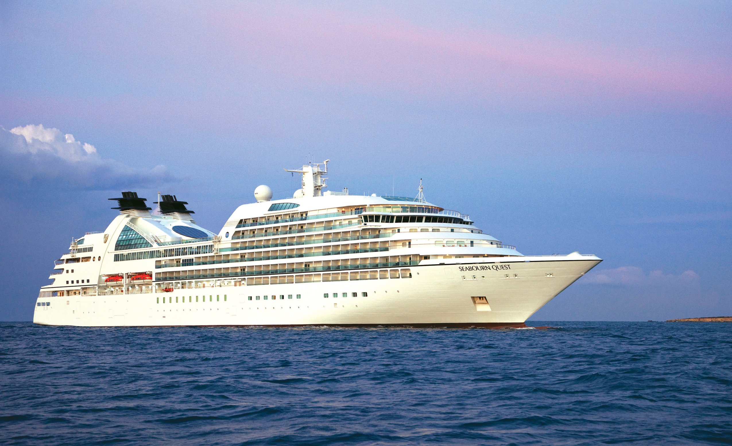 Seabourn cruises all set for the start of antarctica for Luxury small cruise lines
