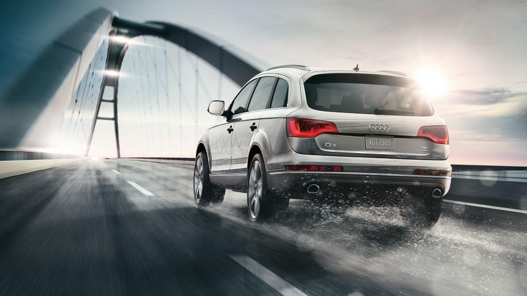 2014-Audi-Q7-beauty-exterior-03