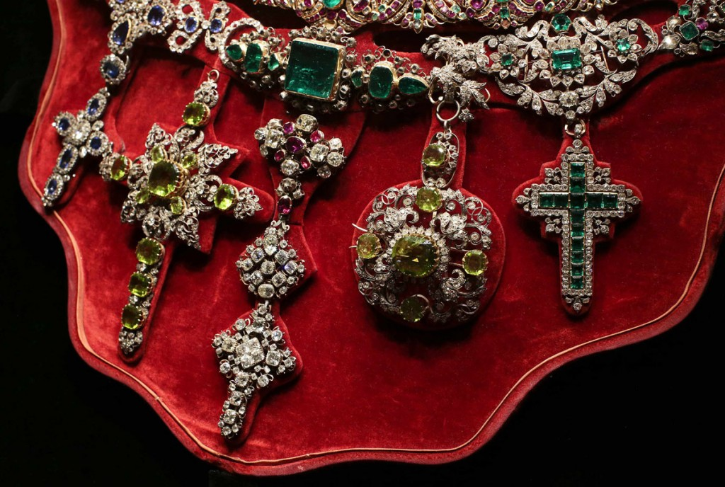 The Necklace of San Gennaro, that is considered to be one of the most precious pieces of jewellery in the world, is seen displayed during an exhibition in Rome