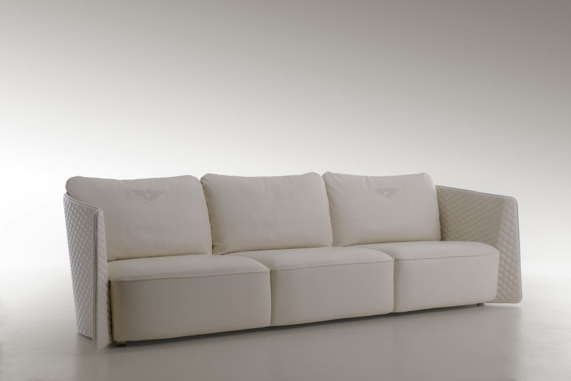 Bentley_Home_collection_Butterfly_Sofa-800x534