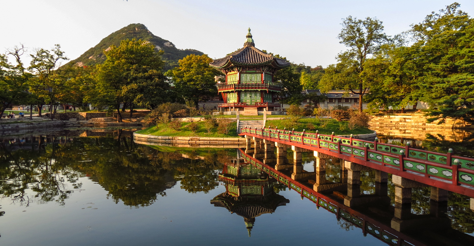 Top Luxury Hotels In Seoul The Luxury Post - 12 things to see and do in south korea