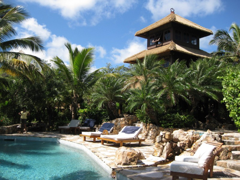Caribbeans 5 best luxury resorts the luxury post necker island sciox Choice Image
