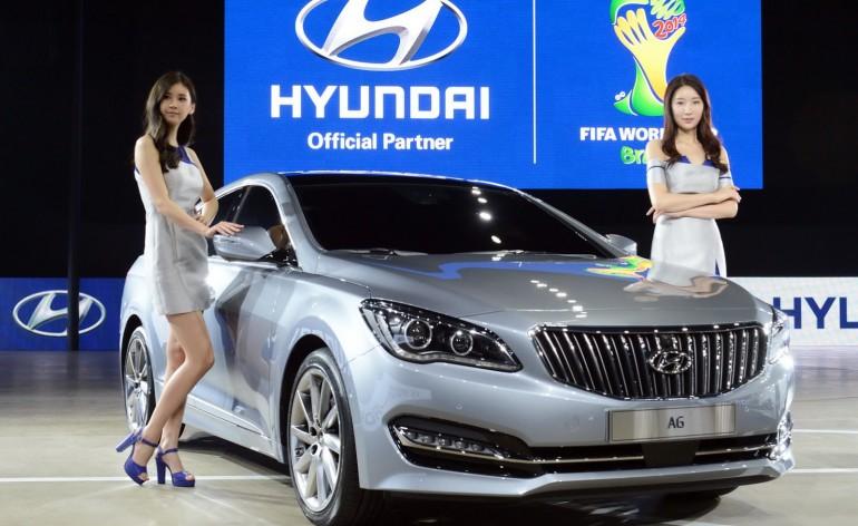 Hyundai-AG-front-three-quarters-at-Busan-Motor-Show-2014