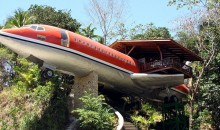 1965 Boeing 727 converted to a luxury hotel suite