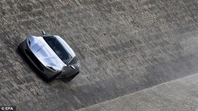 Aston Martin by Tibers