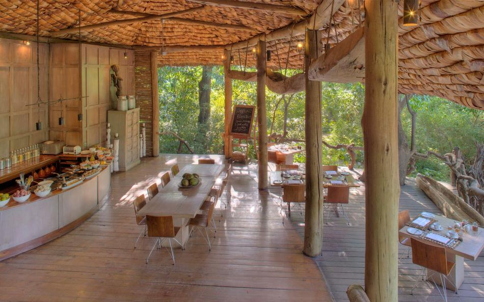 a-tanzania-safari-at-andbeyond-lake-manyara-tree-lodge-9.jpg.950x0